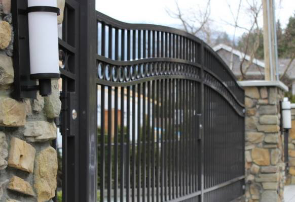 Home Security Fence For Your Protection